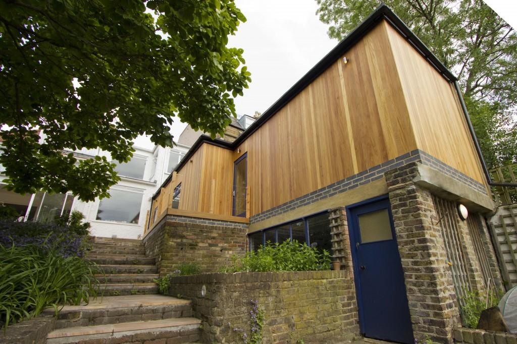 Extension exterior